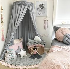 Swoon no longer over stunning children's bedrooms on Instagram! You can have your very own 'Insta worthy' bedroom fit for a princess, dreamer, fairy catcher or lover of magic and imagination with our light grey children's bed canopy. Australia designed by Freddie & Ava, our light grey bed canopy is timeless. It works well with almost any kid's bedroom décor and oozes style without the luxury price tag.