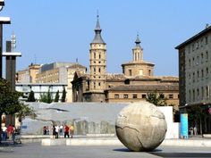 Plaza del pilar in Zaragoza    Zaragoza is one of the great monumental towns in Spain. It was founded some 2000 years ago, and Old-Iberians, Romans, Goths and Arabians equally left their heritage. Zaragoza as well includes important buildings of Spanish baroque.
