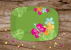 Put your luau goodies on this fun, tropical platter from the Julie Bluet Etsy.