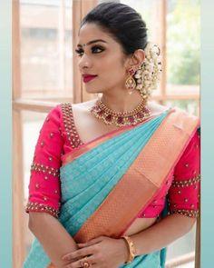Wedding Saree Blouse Designs, Half Saree Designs, Wedding Silk Saree, Silk Saree Blouse Designs, Silk Sarees, Cotton Saree, Chiffon Saree, Blouse Patterns, Bridal Sarees South Indian