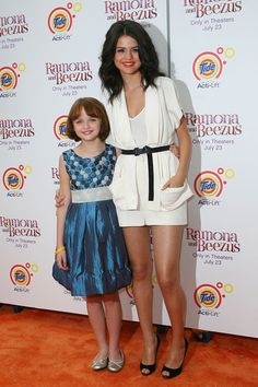 """Selena Gomez Photos - Selena Gomez and Joey King at the film premiere of """"Ramona and Beezus"""" at Madison Square Park in NYC. - Premiere of """"Ramona and Beezus"""" at Madison Square Park in NYC Ramona Books, Ramona And Beezus, Teen Wallpaper, Alex Russo, Selena Gomez Photos, Celebrities Then And Now, Joey King, Kissing Booth, Madison Square"""