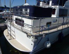 Aft-deck and bathing platform. #SyntheticTeak #MotorYacht #Corvette320 #Boat #Yacht #Aftdeck #BathingPlatform