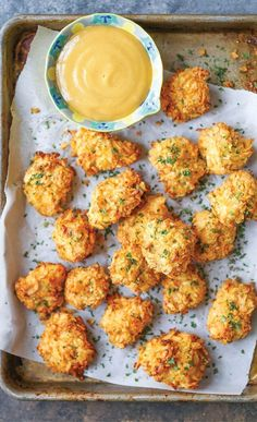This baked popcorn chicken recipe is a healthier alternative to the deep-fried version with the best crispy potato chip crust! This baked popcorn chicken recipe is a healthier alternative to the deep-fried version with the best crispy potato chip crust! Baked Popcorn Chicken Recipe, Kids Chicken Recipes, Chicken Snacks, Chicken Appetizers, Recipe Chicken, Healthy Snacks, Healthy Eating, Quick Snacks, Healthy Cooking