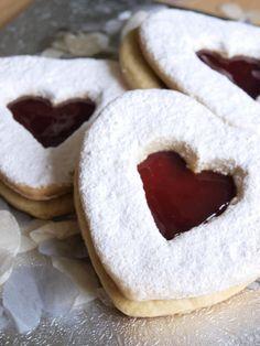 Valentines Biscuits!!:D Looks Yunmy! <3