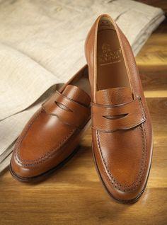 The Harvard Loafer in Tan Pebble Grain
