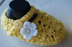 Mary Jane White & Yellow Crib Shoes 39 Months Ready to by Unikbaby, $12.00