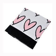 Manta em tricot para mini cama na estampa STARS. Linda e super transada, deixa qualquer ambiente mais alegre e aconchegante.