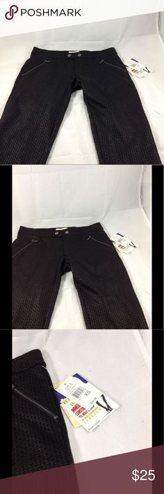 Rewind pants Rewind pants, techno tuck inner waist construction to mold and hold in high definition stretch. Rewind Pants Skinny