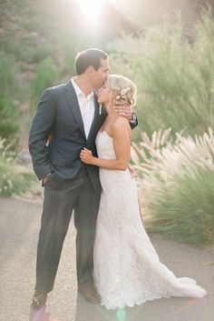 Paradise Valley, Arizona wedding at The Sanctuary on Camelback. Photograph by Rustic White Photography