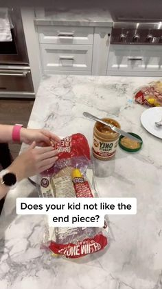 Weight Loss Motivation, Weight Loss Tips, Kids And Parenting, Parenting Hacks, Toddler Lunch Recipes, Babysitting Activities, New Parent Advice, Simple Life Hacks, Mom Hacks