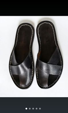 Men cross band sandals Me Too Shoes, Shoe Boots, Shoes Sandals, Leather Slippers, Leather Sandals, Pretty Sandals, Luxury Shoes, Swagg, Summer Shoes