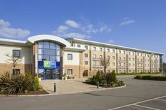 #Low #Cost #Hotel: HOLIDAY INN EXPRESS, Newport (Wales), . To book, checkout #Tripcos. Visit http://www.tripcos.com now.