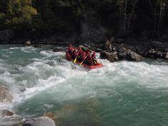 Venez profiter de l'après saison pour faire des sorties raft avec le soleil et le calme de la vallée de la Durance.  Nous sommes encore présent et ouvert.