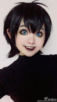 this-hotel-transylvania-mavis-cosplay-is-so-good-its-creepy