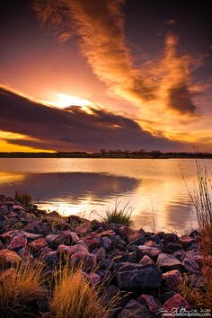 Sunrise Over Lake #Ladora, Colorado, USA *
