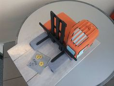 cake, Hubtex MQ30