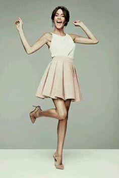 Tini e belle ed è inevitabile nel mondo Violetta Outfits, Violetta Disney, Celebrity Singers, Look Girl, New Girl, Spring Fashion, Cool Outfits, Topshop, Ballet Skirt