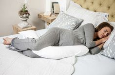 The Dreamgenii Pregnancy Pillow offers a number of unique features and benefits for those who are expecting a baby and it will help you sleep well at night.