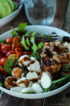 15 Minute Avocado Caprese Chicken Salad with Balsamic Vinaigrette #JoyfulHealthyEats