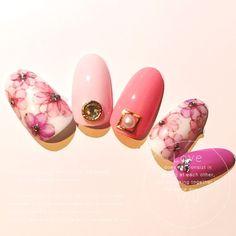 ネイル(No.1501742)|フラワー |デート |春 |パープル |ピンク |ジェルネイル |ハンド |ミディアム | かわいいネイルのデザインを探すならネイルブック!流行のデザインが丸わかり!