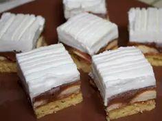 Anjelský zákusok s čokoládovým likérom • Recept   svetvomne.sk Hungarian Desserts, Delicious Desserts, Dessert Recipes, Czech Recipes, Sweet Cookies, Graham Crackers, No Bake Cake, Nutella, Cheesecake