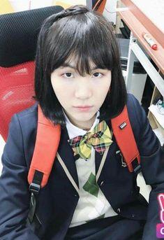 bts, suga, and yoongi min yoonji so fcking hot girl Bts Suga, Min Yoongi Bts, Bts Bangtan Boy, Jhope, Foto Bts, Bts Photo, Yoonmin, Btob, Bts Memes