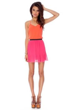 Keep It Pleated Color Blocked Dress in Coral and Fuchsia :: tobi