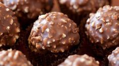 do something extra special this Easter with these delicious homemade chocolate recipes that can be adjust to suit every set of taste buds and age group. Köstliche Desserts, Delicious Desserts, Dessert Recipes, Yummy Food, Candy Recipes, Sweet Recipes, Cookie Recipes, Pear And Almond Cake, Almond Cakes