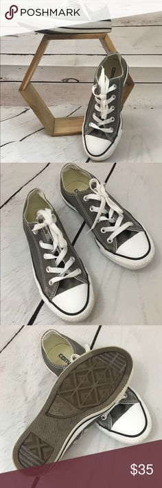 Converse All Stars Olive green Converse All Stars in great condition. Converse Shoes Sneakers