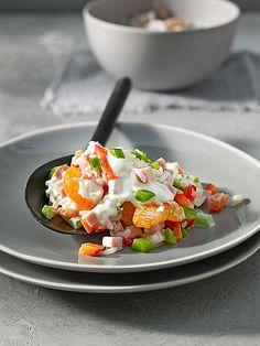 Reissalat mit Paprika und Mandarinen