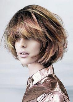 Textured Bob Hairstyles, Layered Bob Haircuts, Bob Hairstyles For Thick, Hairstyles For Round Faces, Messy Hairstyles, Hairstyle Short, Short Haircuts, Blonde Hairstyles, Trendy Haircuts