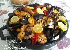 Paella mista valenciana - ricetta spagnola Paella, Food And Drink, Fruit, Ethnic Recipes, Gnocchi, Lasagne, The Fruit