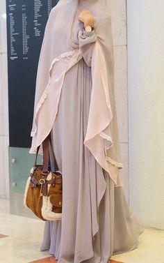 hijab Islamic Fashion, Muslim Fashion, Modest Fashion, Girl Fashion, Fashion Outfits, Hijab Gown, Hijab Outfit, Niqab, Modele Hijab