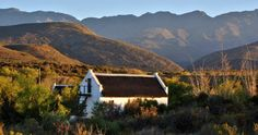 Cottage in McGregor Traveling By Yourself, Cottage, Cabin, Mountains, House Styles, World, The World, Cabins, Cottages