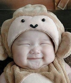 http://www.letssmiletoday.com/pictures/8386-cute-baby