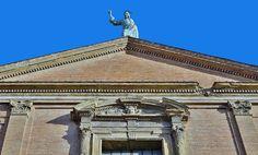 Bologna. A voyage to Bologna, Emilia-Romagna, Italy.  https://traveladventureseverywhere.blogspot.com/2016/11/bologna-voyage-to-bologna-emilia.html