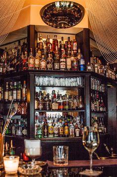 Roberto American Bar (c) STADTBEKANNT - Das Wiener Online Magazin Liquor Cabinet, Wanderlust, Bar, American, Storage, Furniture, Home Decor, Homemade Home Decor, Larger