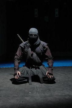 The elusive and secretive ranks of the Ninja warriors also known as Shinobi were warriors in Japan, that specialized in covert war tactics that led these Ronin Samurai, Samurai Art, Ninja Warrior, Samurai Warrior, Geisha, Ninja Kunst, Guerrero Ninja, Art Ninja, Cyberpunk