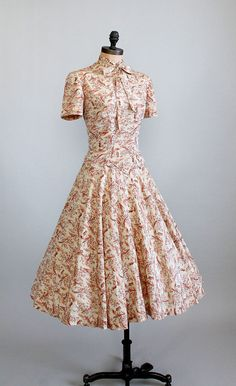 Vintage Early 1950s Silk Toile New Look Dress.