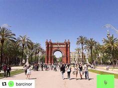Arc d Triumf Barcelona. #reiseblogger #reisetips #reiseliv  #Repost @barcinor with @repostapp   6/24 ____________________________________________________ A reveure #barcinor #thebarcelonist #barcelona #barcelonacity #bcn_online #bcn #catalunya_experience #barna #architecture #travel #travelporn #photography #architecturalphotography #ig_catalunya #barcelonaexperience #bcncity #barcelonalovers #barcelonagram #history #instafollow #l4l #tagforlikes #tourism