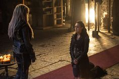 I love this scene so much!!!!! I can't wait to see all the clexa scenes