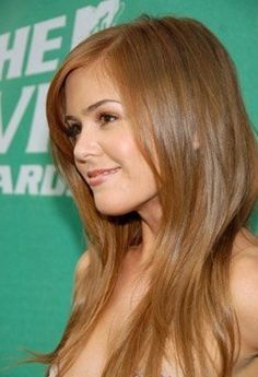 Isla Fisher at an event for 2006 MTV Movie Awards Long Fringe Hairstyles, Pretty Hairstyles, Reddish Hair, Isla Fisher, Hair Color Auburn, Beautiful Redhead, Beautiful Women, Strawberry Blonde, Ginger Hair