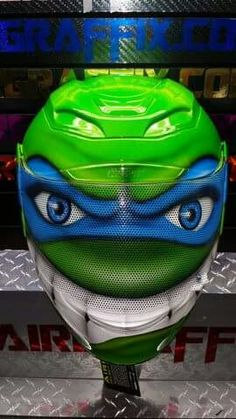 Badass Motorcycle Helmets, Cool Bike Helmets, Custom Paint Motorcycle, Custom Motorcycle Helmets, Custom Helmets, Custom Bikes, Bicycle Helmet, Leonardo Tmnt, Cool Bikes
