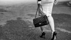 10 Things Every Handbag Lover Should Know About Chanel Flap Bags #chanel