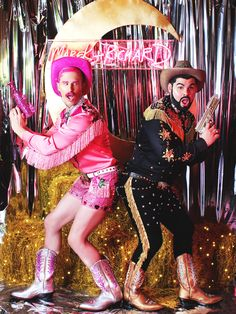 A Gay Cowboy Wedding by Alyssa Edwards Cowgirl Birthday, Cowgirl Party, Cowboy And Cowgirl, Cowgirl Costume, Cowgirl Outfits, Deer Costume, Urban Cowboy, Fantasias Halloween, Vintage Cowgirl