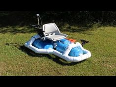 In this video I show you how I built this fun and very functional solar powered fishing boat. Looks cool and very smooth on the water. Fishing Boats For Sale, Bass Fishing Boats, Small Pontoon Boats, Small Boats, Make A Boat, Diy Boat, Boat Building Plans, Boat Plans, Fishing Pontoon
