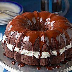 Whoopie Pie Cake!
