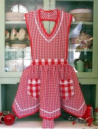 Gingham and rock rack always take me back to childhood!