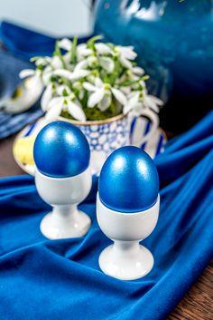 Cu puțină imaginație și inspirație, poți să aduci esența sărbătorii Paștelui, astăzi la masa ta! Descoperă la Nobila Casa suporturi potrivite pentru ouă! Pastel, Creative, Cake, Crayon Art, Melting Crayons