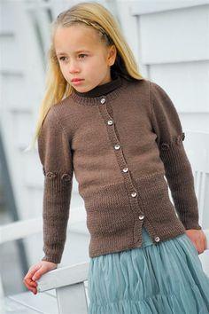 1201: Modell 8 Jakke med puffermer #strikk #knit #sisu